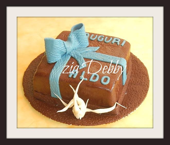 Un pacco regalo tutto cioccolatosooooooooooo zia debby for Tutto in regalo