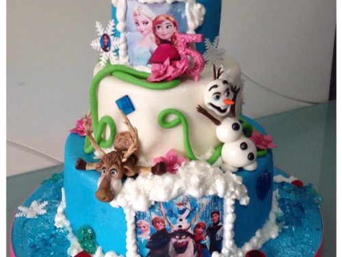 Torta di compleanno con Frozen