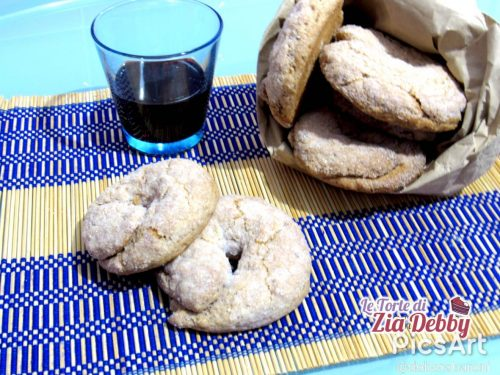 Ciambelle al vino rosso e semi d'anice