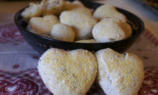 Cuoricini di pane alle olive