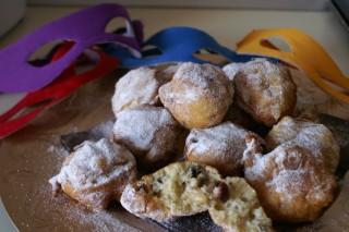 Fritole veneziane con lievito madre Per la ricetta clicca qui