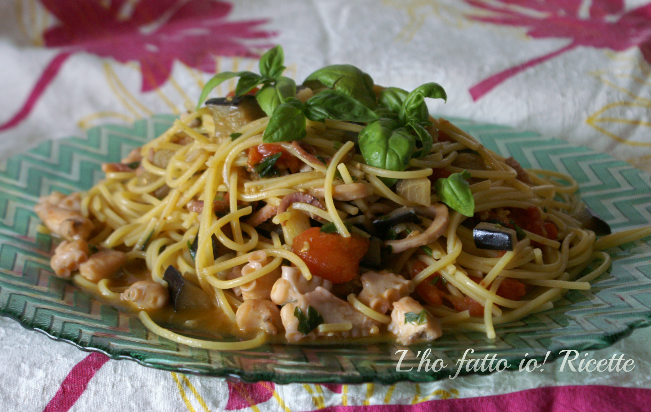 Spaghetti con moscardini e melanzane