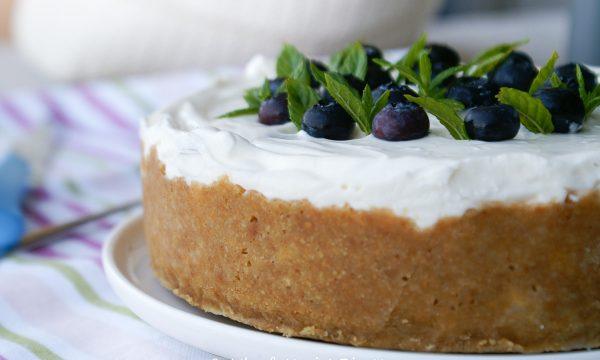 Cheesecake veloce ai mirtilli e vaniglia