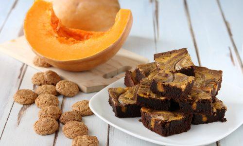 Brownies cheesecake zucca e amaretti