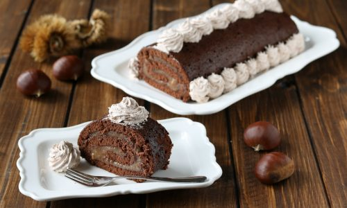 Rotolo al cacao con crema di marroni