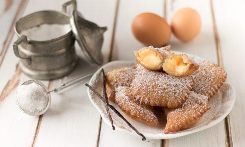 Ravioli ripieni di crema pasticcera alla vaniglia