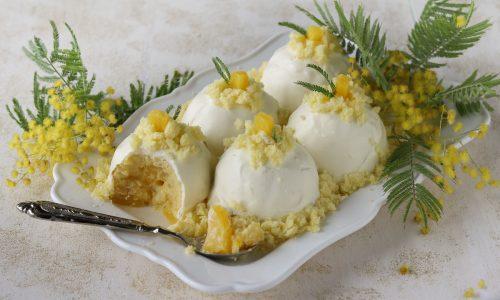 Delizie mimosa all'ananas e crema al limone