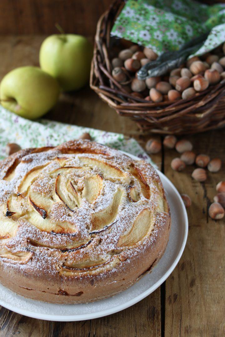 torta di mele con le nocciole