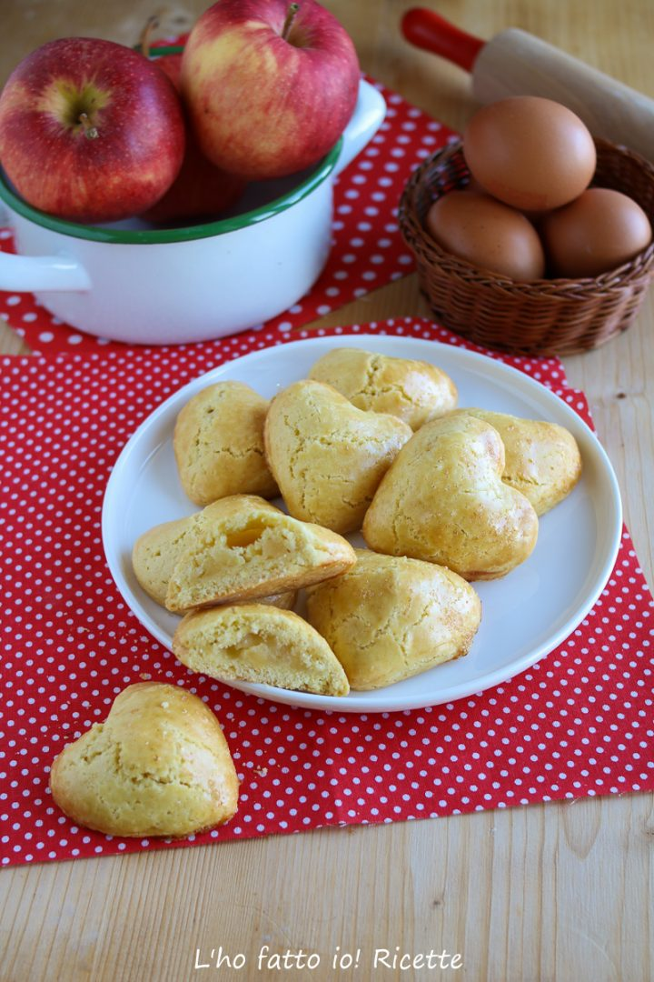 biscotti cuor di mela