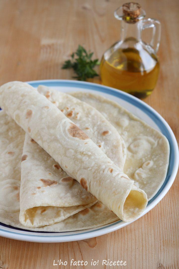 Ricetta Piadina Morbidissima.Piadine Morbide E Arrotolabili Con O Senza Esubero L Ho Fatto Io Ricette Ricette