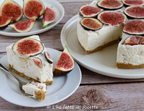 Cheesecake con fichi e noci al miele e ricotta
