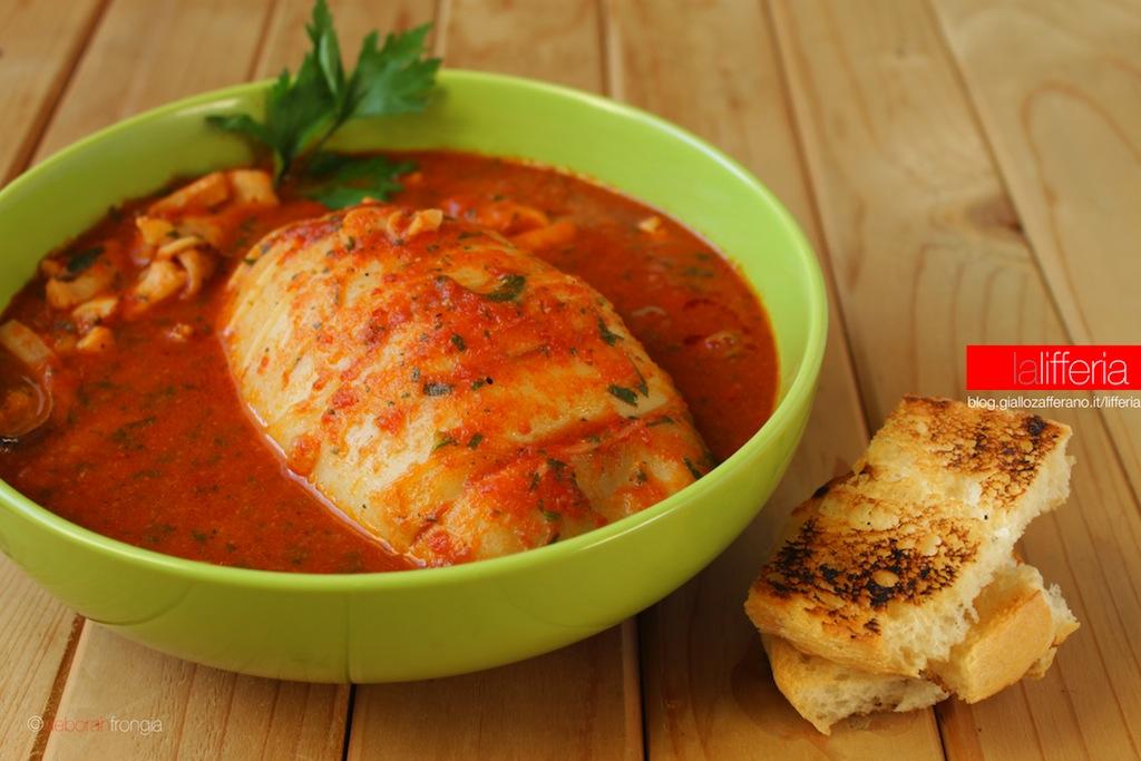 Seppie in umido in salsa piccante