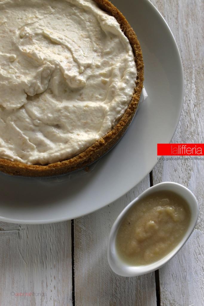Cheesecake alle pere senza forno