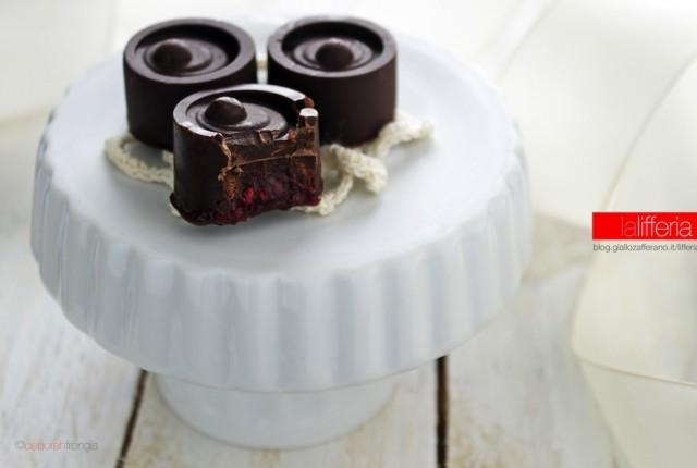 Cioccolatini al lampone e ganache al cioccolato