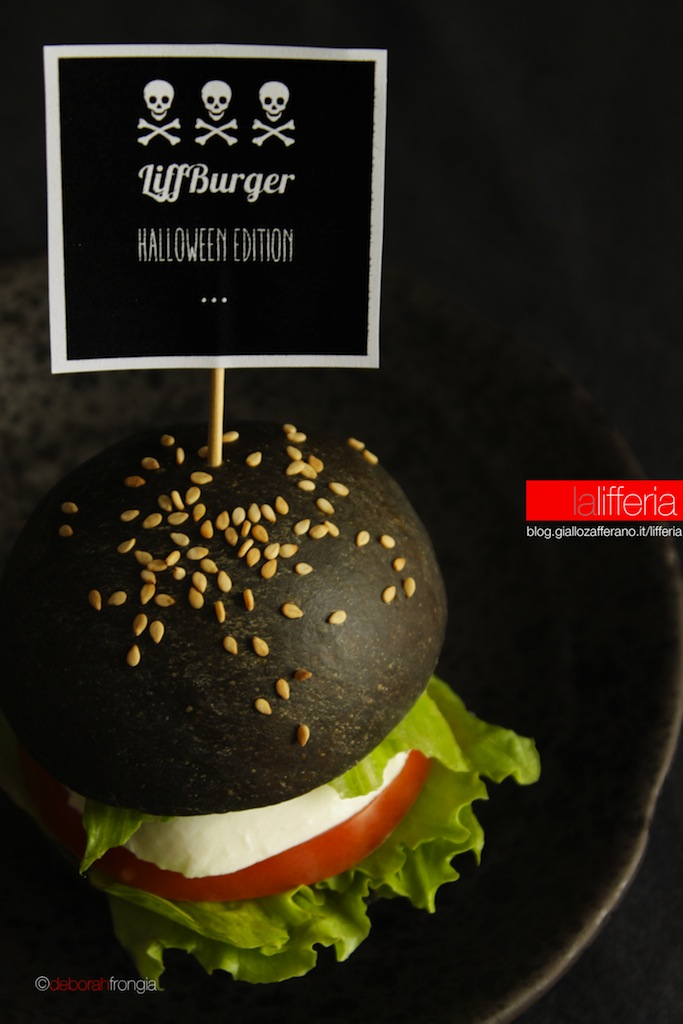 Hamburger nero LiffBurger Halloween Edition