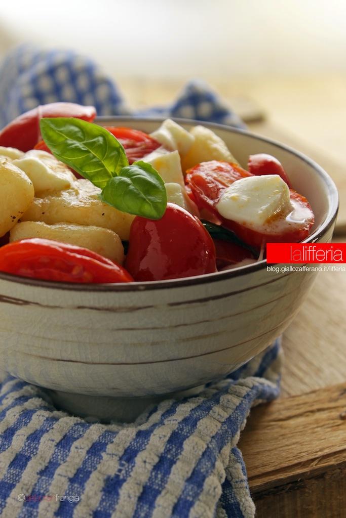 Gnocchi al pomodoro e mozzarella