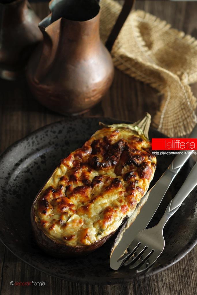 Melanzane ripiene con ricotta e formaggio Ricetta facile