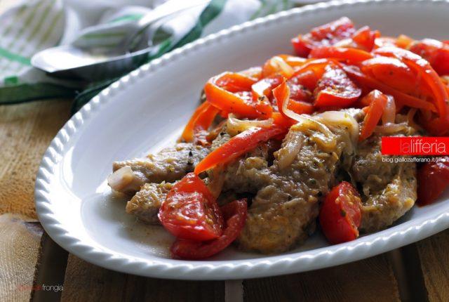 Straccetti di manzo con peperoni e pomodori - Ricette secondi piatti