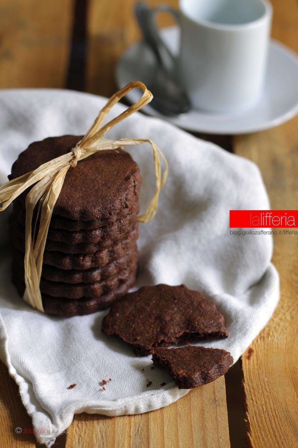 Frollini morbidi al cacao