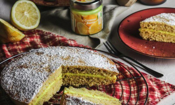 Pan di Spagna morbido con crema al limone