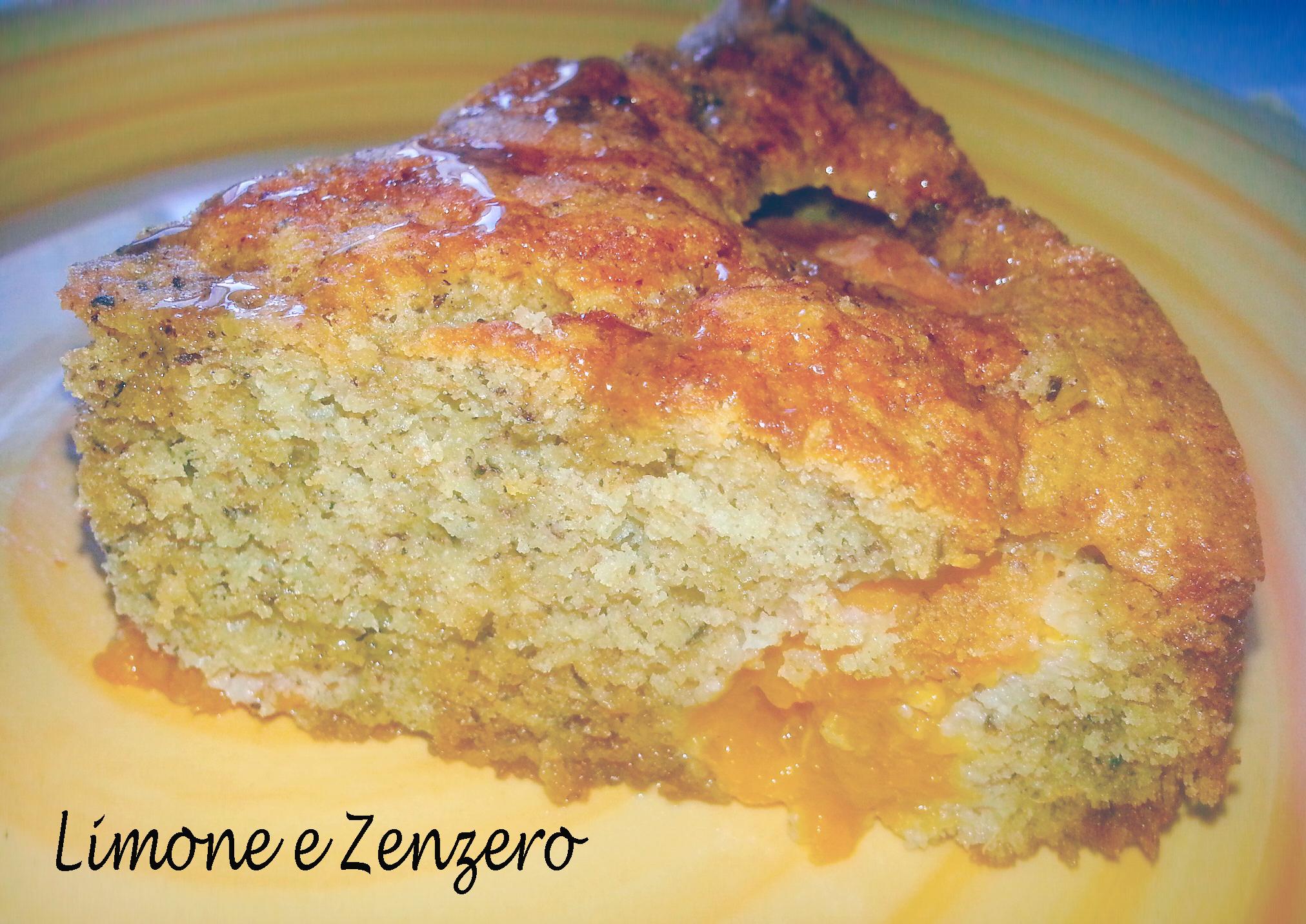 Torta di Quinoa e Grano Saraceno alle Albicocche e Miele