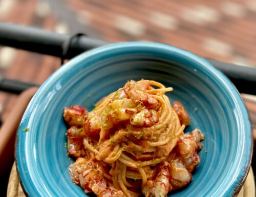 Spaghetti risottati con bisque di gamberi rossi e tartare di gamberi rossi