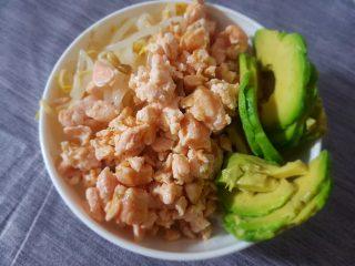 pokè bowl al salmone cotto