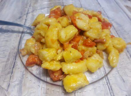 Gnocchi di Patate Pancetta e Pomodorini