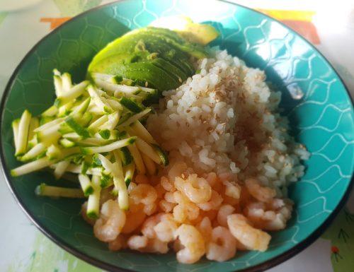 Pokè Gamberetti, Avocado e Zucchine