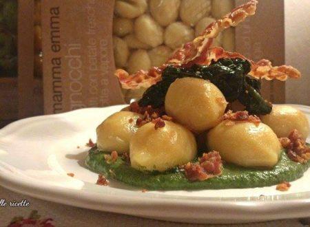 Gnocchi ripieni al gorgonzola su crema di spinaci e polvere di pancetta