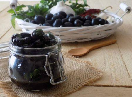 Olive nere al forno, ricetta facile e veloce