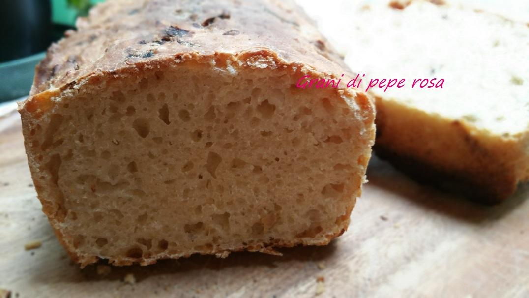 Pane alle cipolle con pasta madre