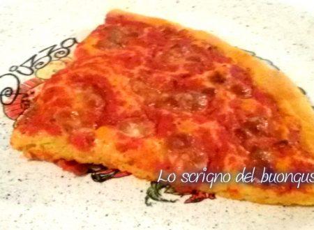 Pizza margherita con farina di granturco