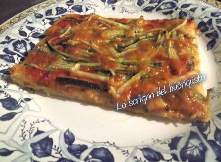 Pizza rossa alle zucchine