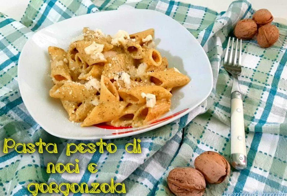 Pasta pesto di noci e gorgonzola