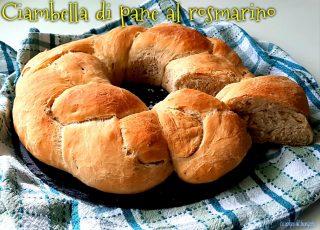 Ciambella di pane al rosmarino