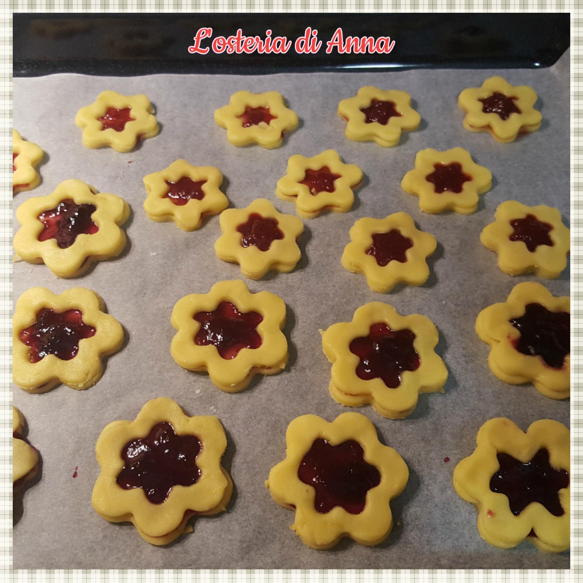 Cottura dei biscotti occhio di bue