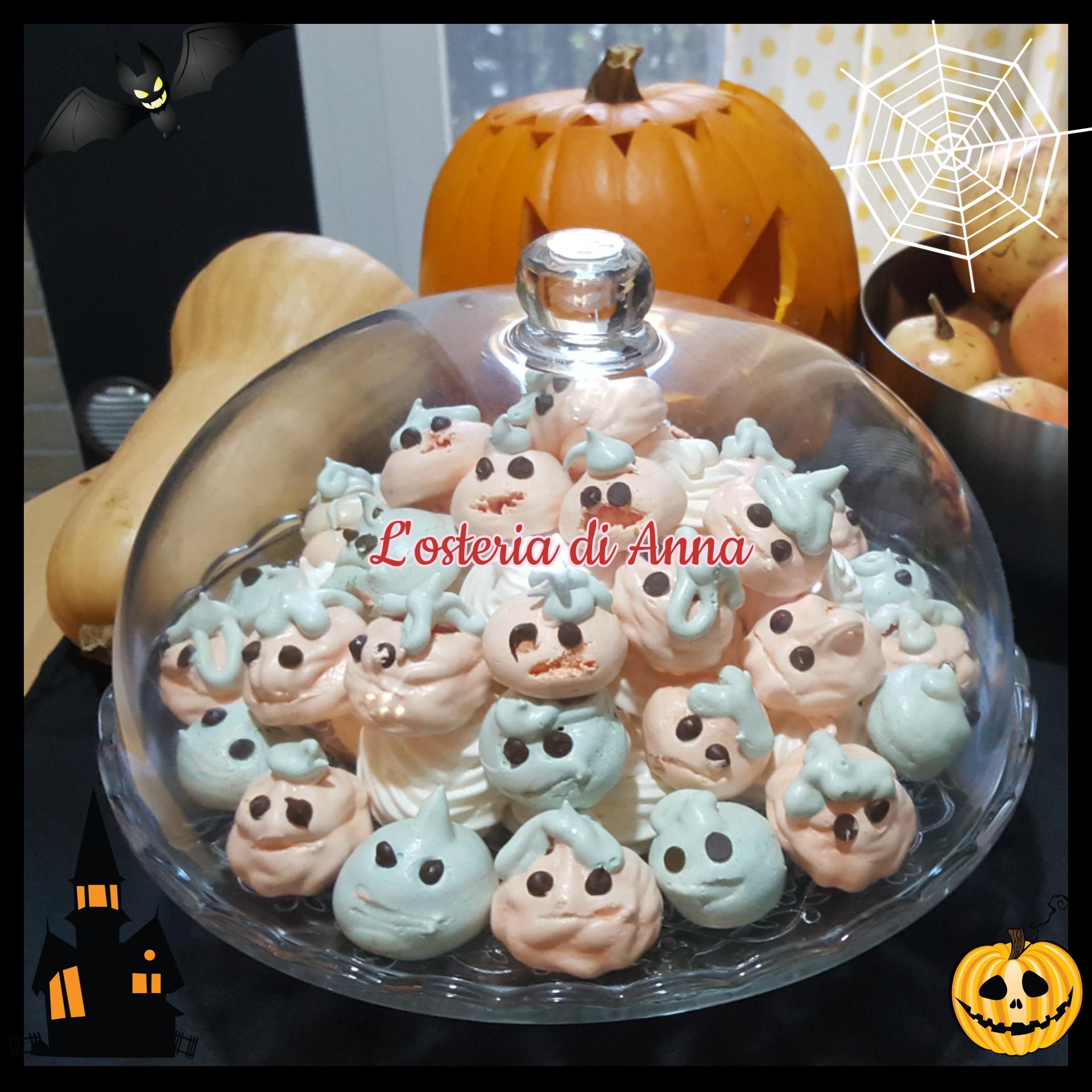 Mini zucche e fantasmini di meringhe come dolcetti per Halloween