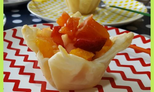 Cestini di pasta sfoglia con frutta (dolce SENZA ZUCCHERO)