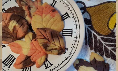 Biscotti foglie d'autunno