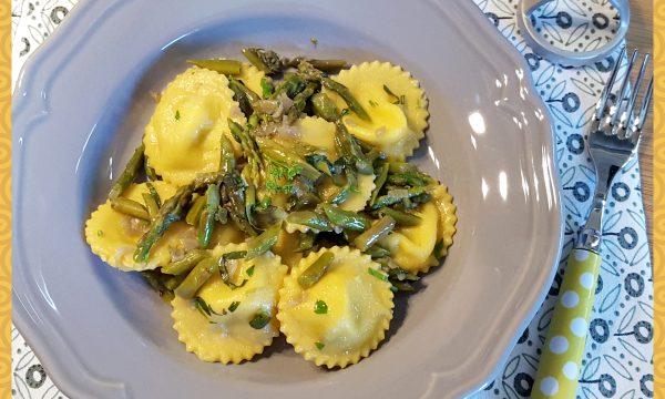 Pignoni con asparagi e patate (PASTA FRESCA)