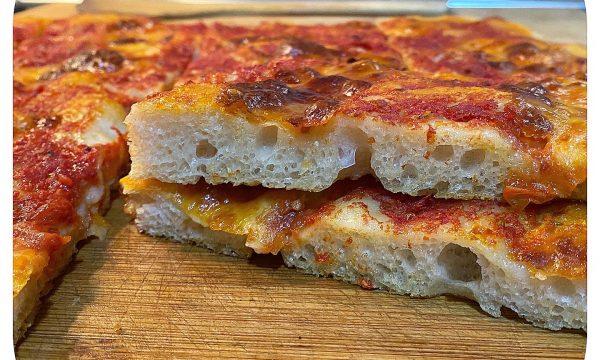 Pizza con lievito madre (impasto di Gabriele Bonci)