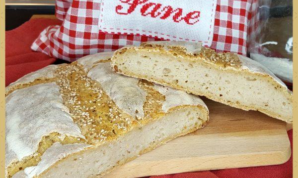 Pane bianco con lievito madre