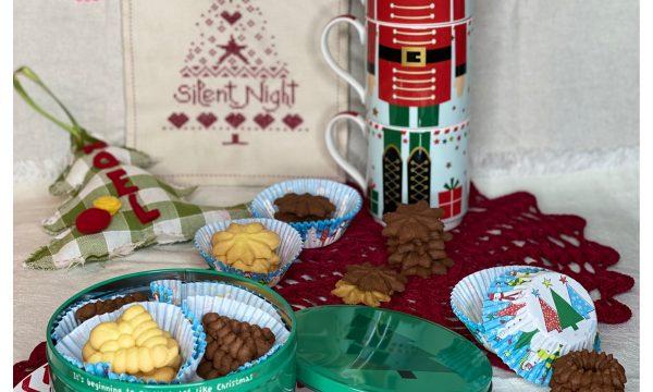 Biscotti di Natale (con la pistola sparabiscotti)