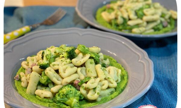 Cavatelli fatti in casa con crema di broccoli e pancetta