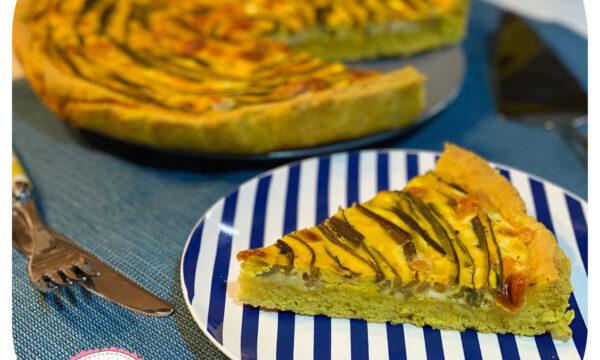 Torta salata con gambi di bietola colorata