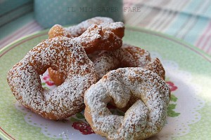Ciambelle di ricotta fritte |ricetta dolce senza lievito