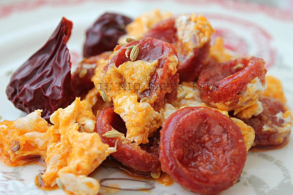 Come cucinare i peperoni cruschi secchi - Come cucinare salsiccia ...