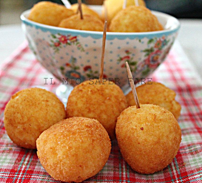Crocchette di riso allo zafferano finger food