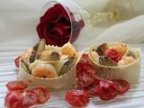Rose di pasta con carciofi gamberetti e pomodorini confit blog il mio saper fare